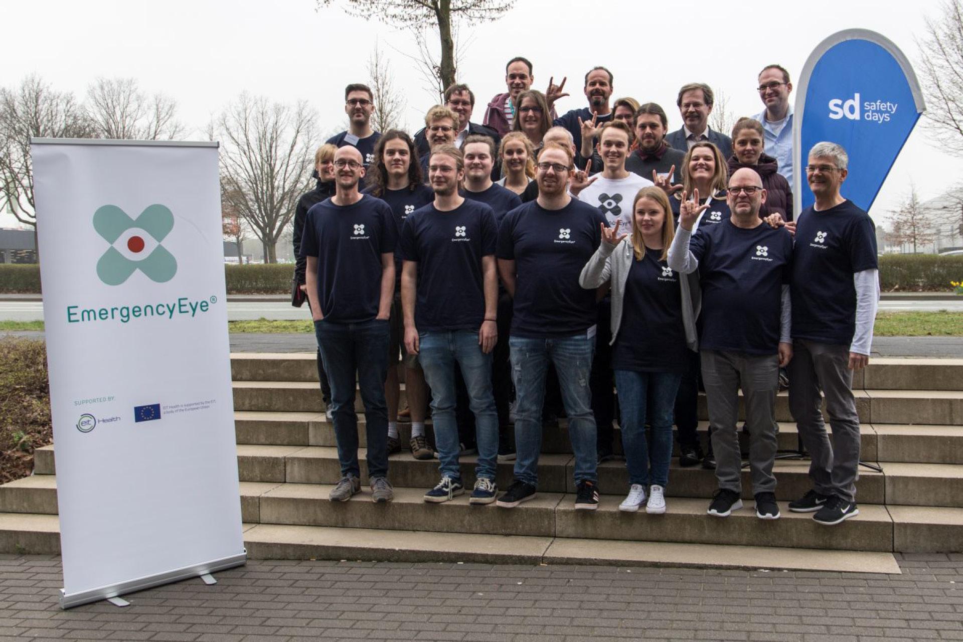 Das EmergencyEye Hackathonteam